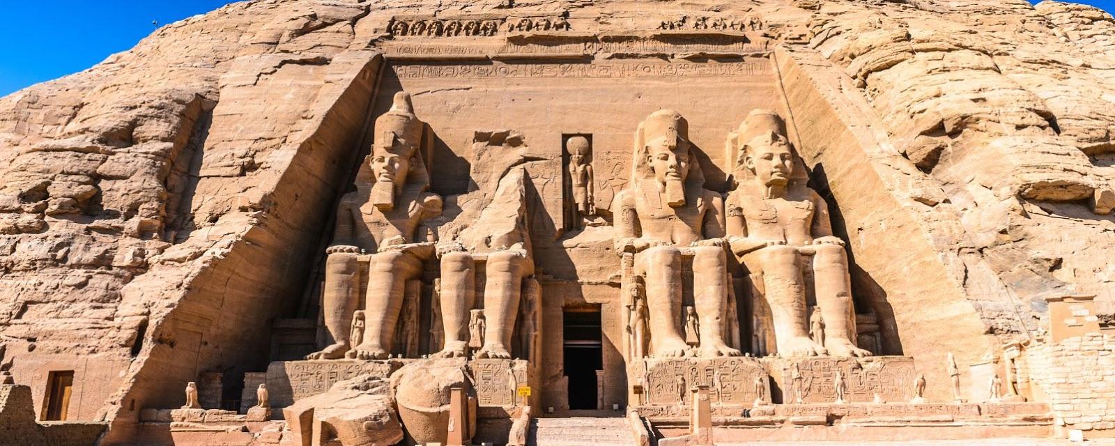 cual es el elemento característico de la arquitectura egipcia