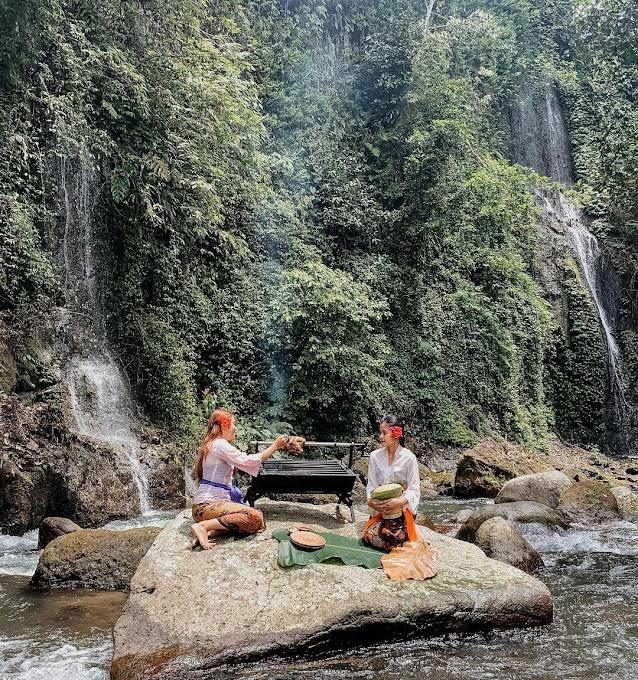 Warung Nukad Tampaksiring Bali