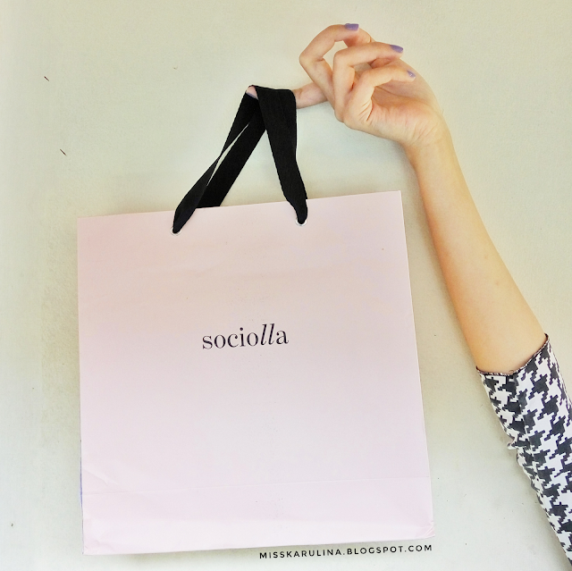 Belanja di sociolla.com