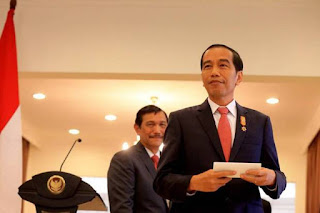 Ini Penjelasan Presiden Terkait dengan Kabar Pergantian Panglima TNI - Commando