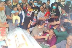 Jenazah Pratu Martinus Sinurat Tiba di Padang Sidempuan Disambut Tangis