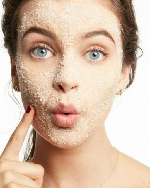 Recette de gommage fait maison pour nettoyer la peau en profondeur
