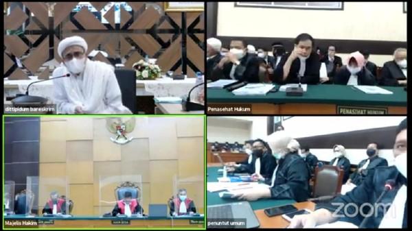 Habib Rizieq Hadiri Sidang Perdana Kasus Kerumunan- Tes Swab Secara Virtual