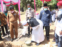 Peletakkan Batu Pertama Pendirian Pondok Pesantren Tahfizul Qur'an AL-Bayyinah di Hamparan Perak