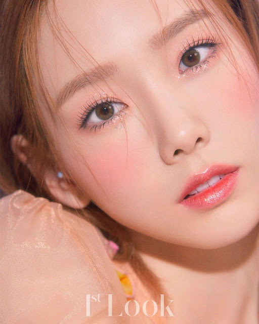 SNSD Taeyeon 1st Look Pictorial