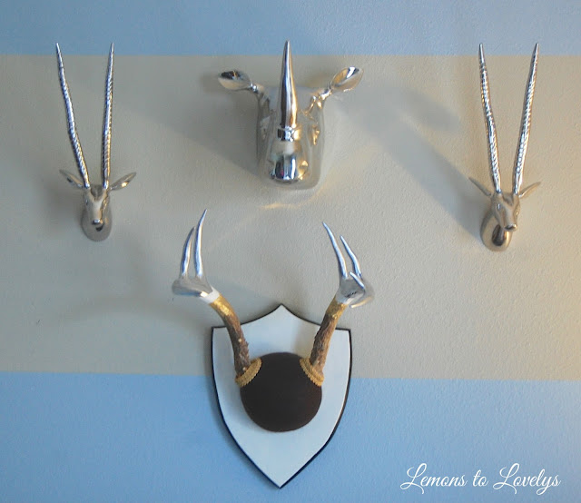 DIY painted deer antler decor - www.lemonstolovelys.blogspot.com