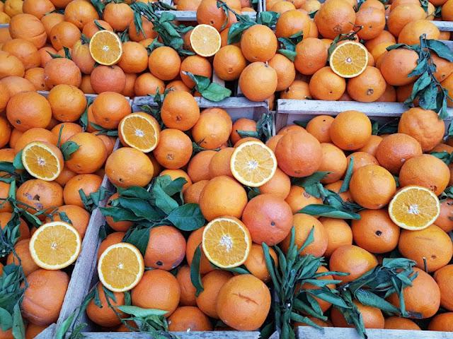 Arance in un mercato di Palermo