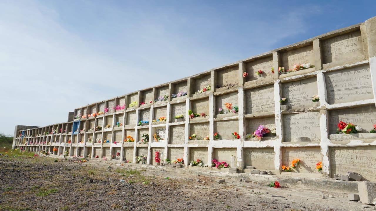 hoyennoticia.com, Alcalde de Riohacha gestiona recursos para construir 50 bóvedas para fallecidos por Covid-19