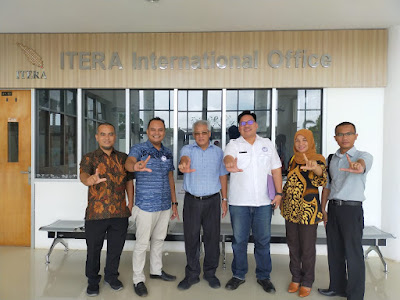 Pada kesempatan tersebut LPA Bandar Lampung disambut dengan hangat oleh Wakil Rektor Bidang Non Akademik Prof. Dr. Sukrasno, M.S. beserta jajaran.