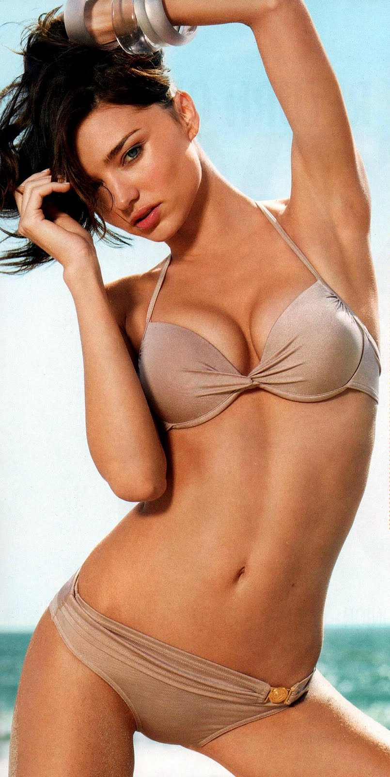 Dirty Hollywood Miranda Kerr Sizzling In Bikini