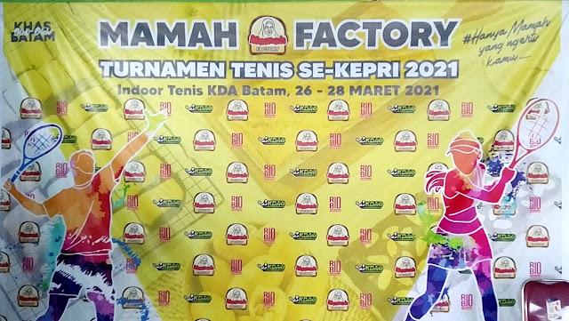 Sejumlah Petenis Papan Atas Kepulauan Riau Berlaga di Turnamen Tenis Piala Bergilir Mamah Factory