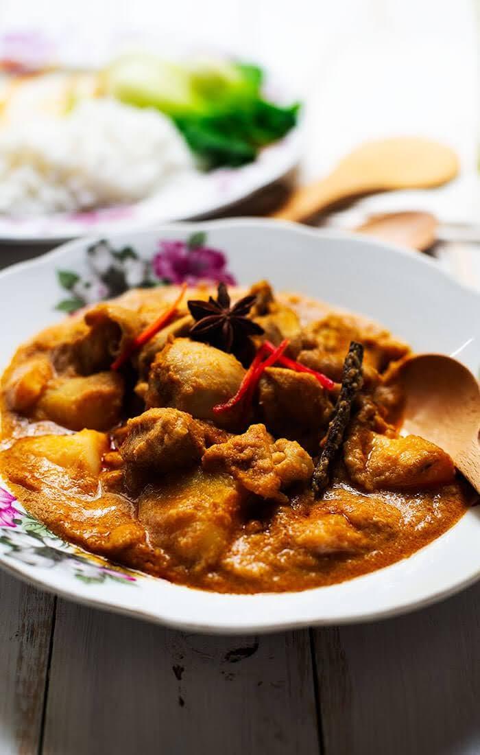 Malaysian Chicken Curry | Kari Ayam