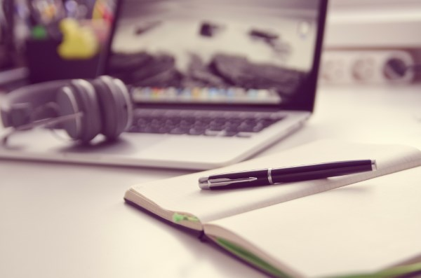 5 Aplikasi Edit Background Foto Online yang Kekinian