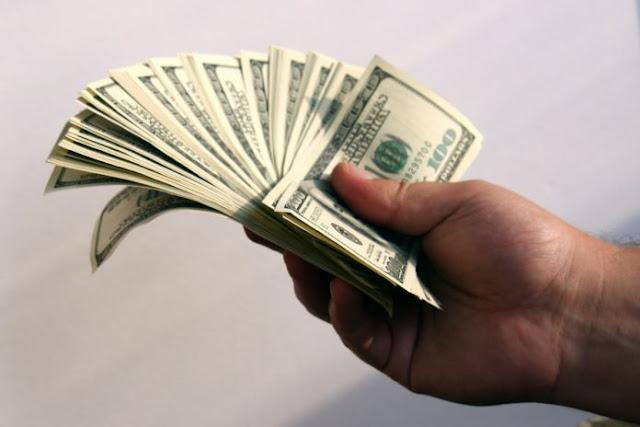 Dólar oficial cierra la semana en Bs. 21.555
