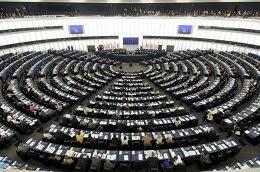 Co drugi z badanych Europejczyków uważa, że instytucją najlepiej reprezentującą Unię jest Parlament Europejski.