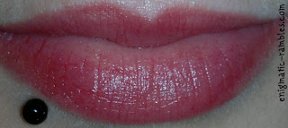 ELF-eyes-lips-face-swatch-review-lip-gloss-stick-jumbo-movie-star