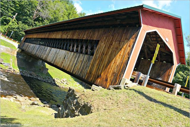 Puente Cubierto Ware-Hardwick Covered Bridge en Massachusetts