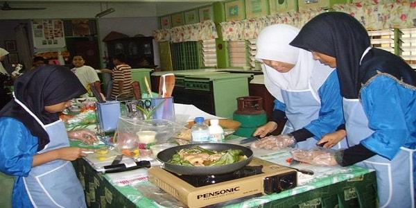membuka kursus memasak