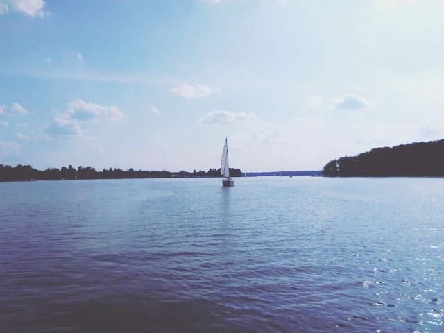 Dzikie miejsca: Żagle na warmińskim Jezioraku