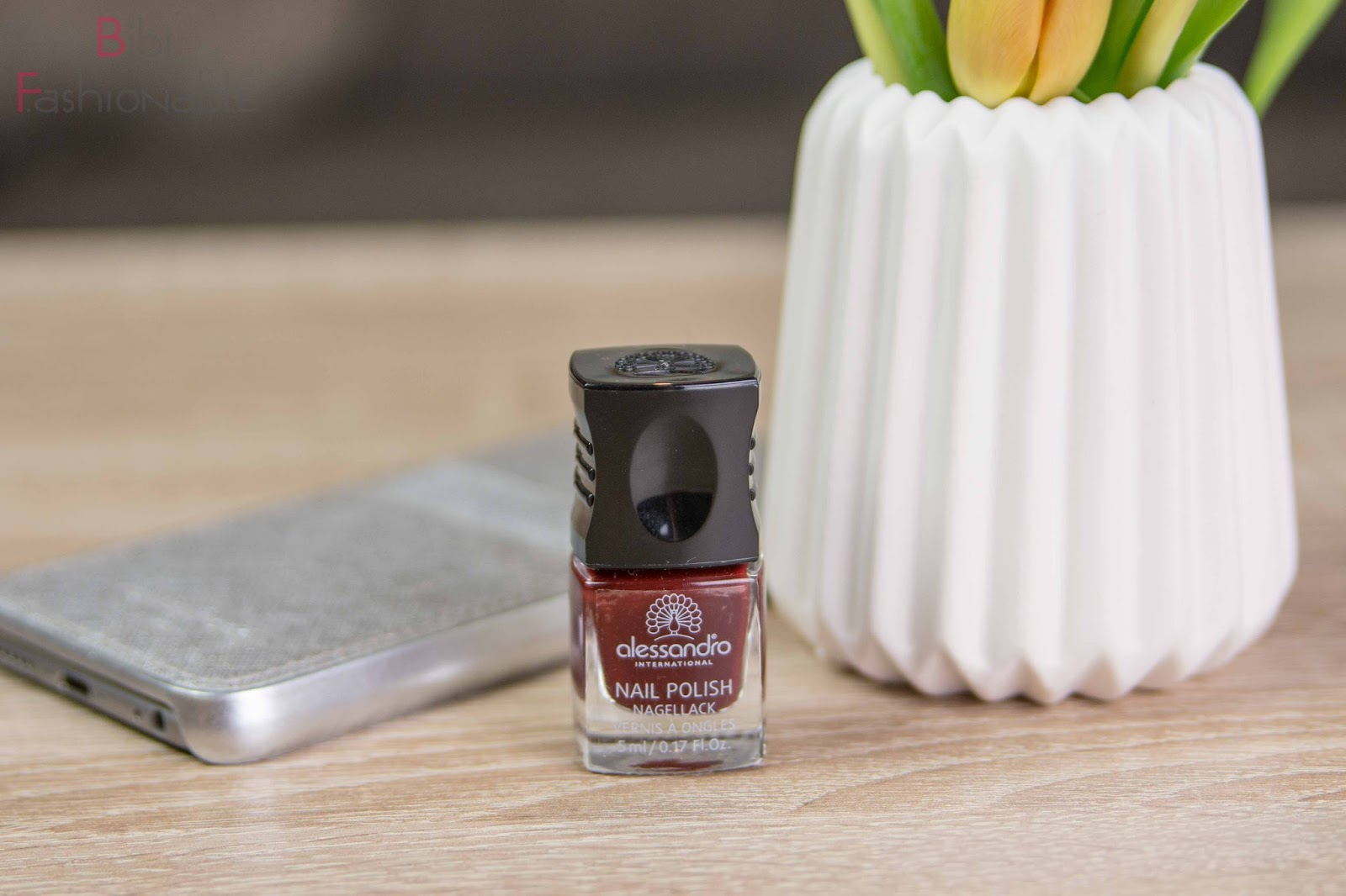 La petite Box Februar Romance alessando international nail polish