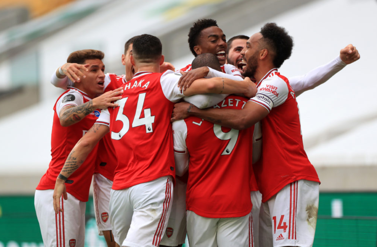 Arsenal celebrating their 2-0 win over Wolves