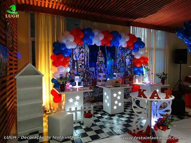 Decoração tema Nova York para festa de aniversário de adolescentes e adultos