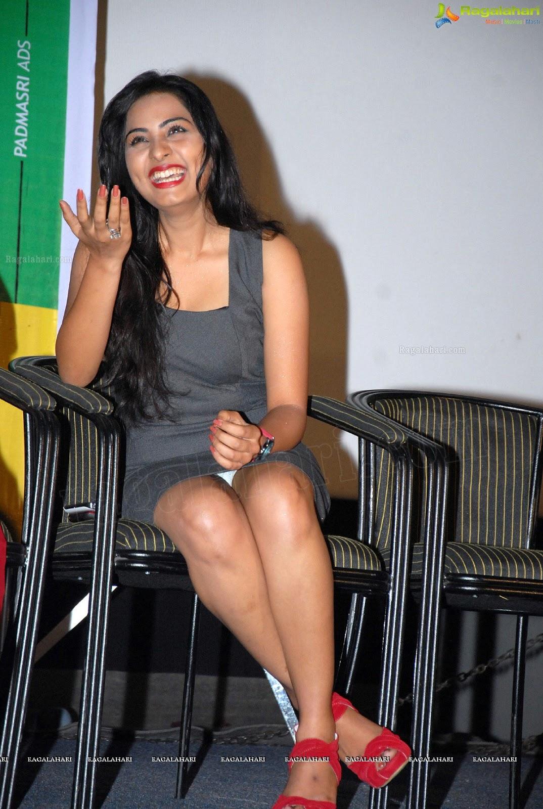 Actress In Panties Pic