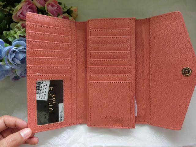 Zalora Unisa tri-fold wallet pink
