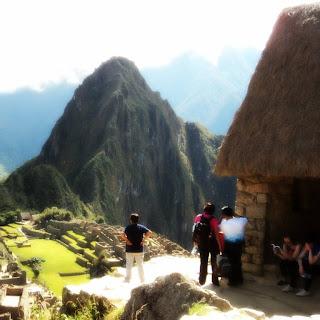 A Cabana do Guardião e O Huayna Picchu - Machu Picchu [Peru]