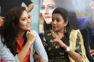 Actress Suma in Black Salwar Suit and Anusuya in orange Dress at winner movie press meet part 2 February 2017 (81).JPG