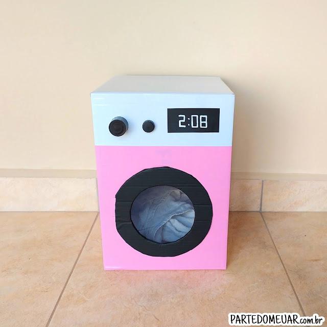 Lavadora de roupas de papelão