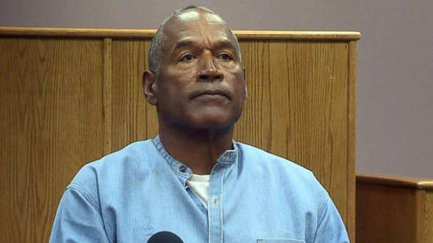 OJ Simpson spotted golfing, rebuffing paparazzi after prison release