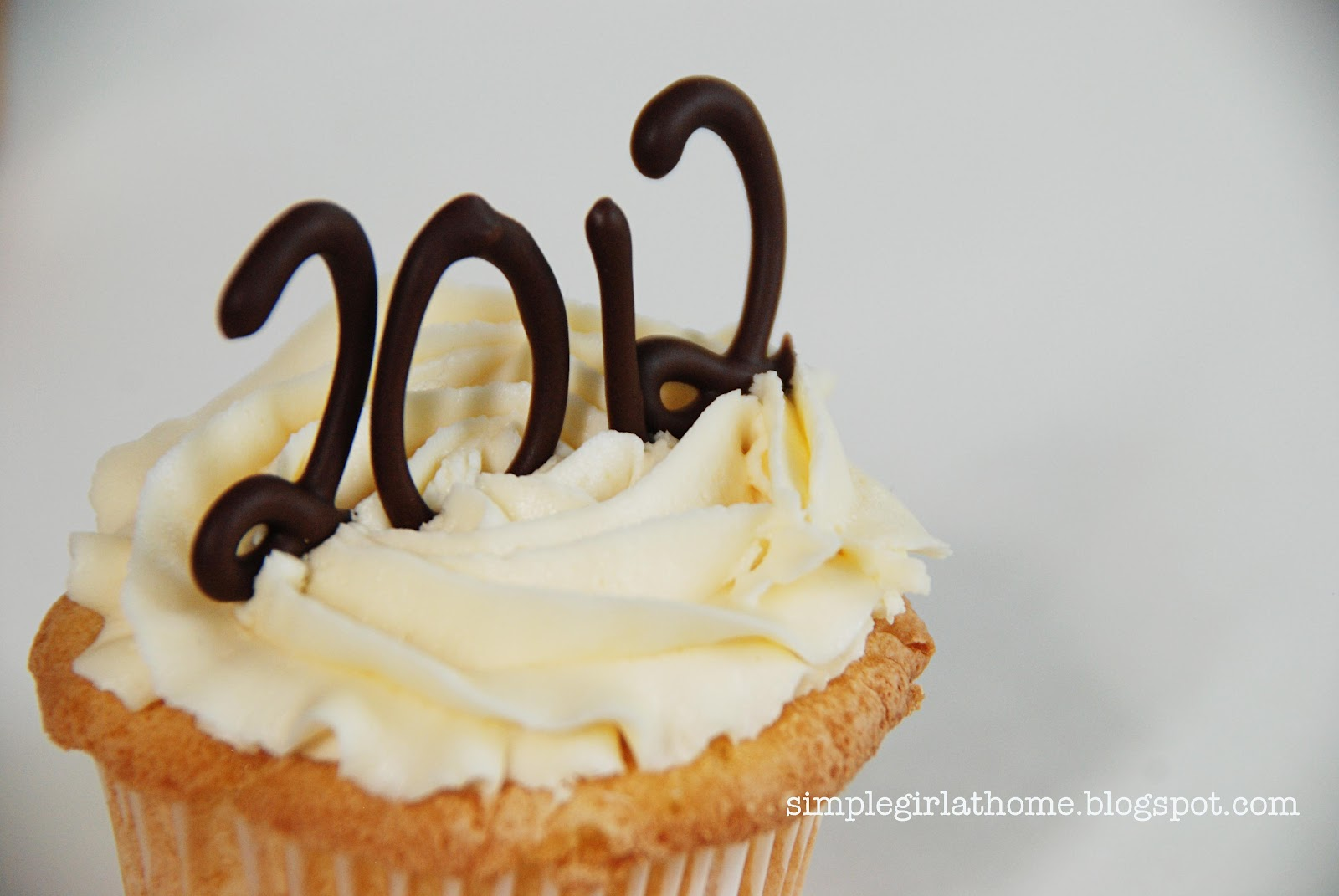 Simple Girl Graduation Cupcakes Cakes