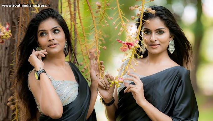 Tamil actress Subalakshmi Rangan in black saree photos