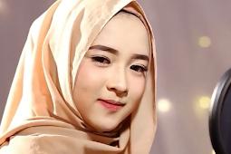 Daftar Lagu Mp3 Sholawat Nissa Sabyan Terbaru (Cover Religi )
