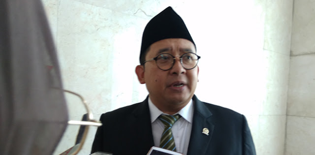 Politisi PDIP: Ini Pendapat Pribadi, Saya Yakin Fadli Zon Masuk Kabinet Jokowi