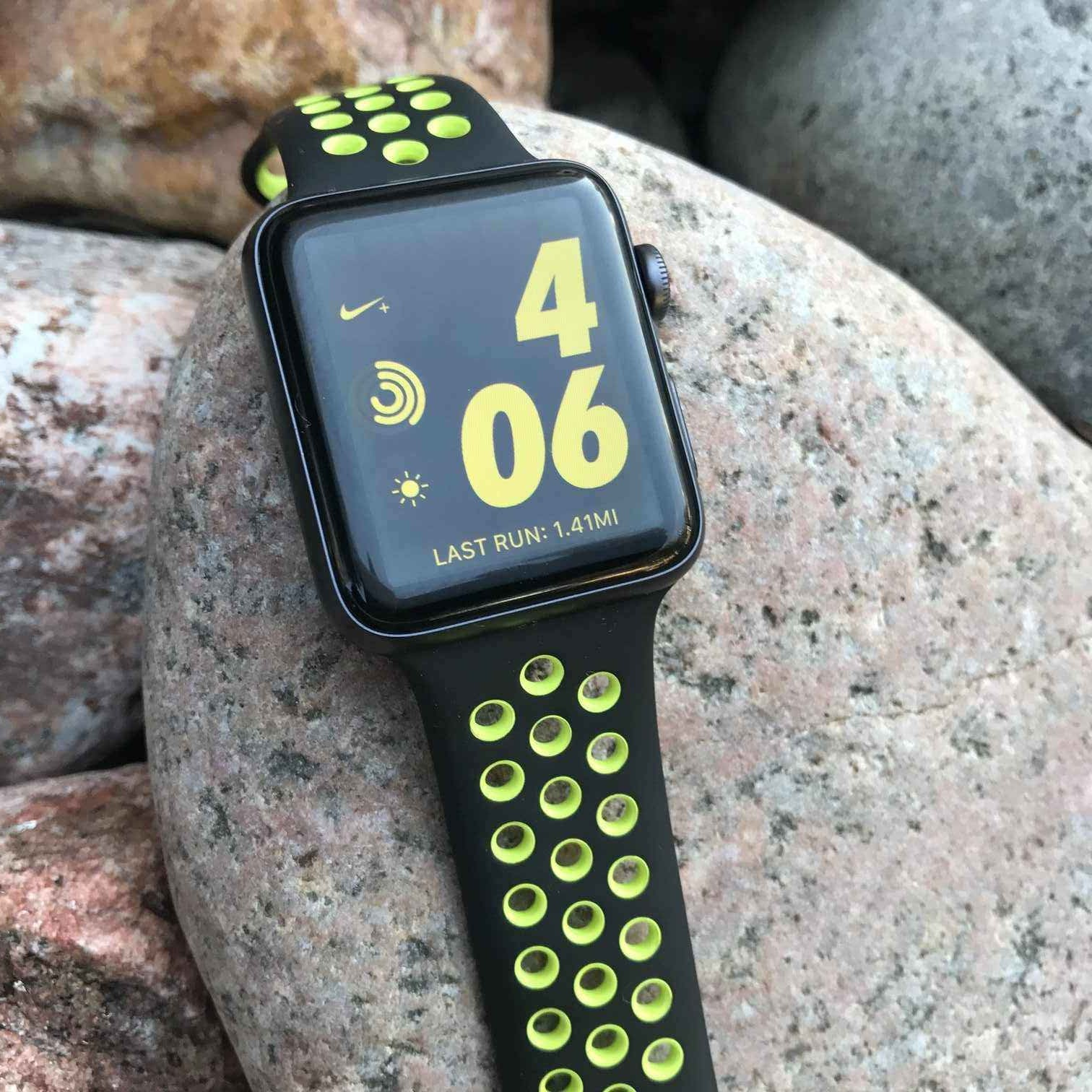 Runnergirl Training: Product Review: Nike Plus Apple Watch