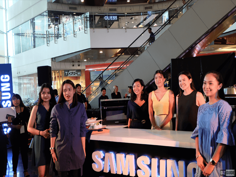 Executives and personnel from Samsung PH