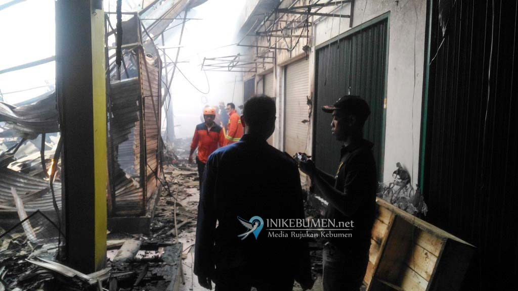 672 Los dan 88 Kios di Pasar Wonokriyo Gombong Ludes Terbakar