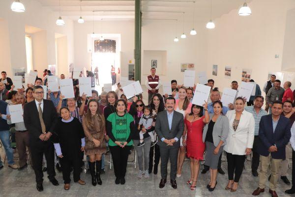 Subsidio del gobierno municipal facilita dar certeza jurídica a más familias: Luis Alberto Arriaga Lila