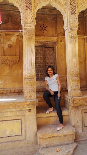 The Perfect 2 Days Jaisalmer Tour Itinerary, salim singh ki haveli