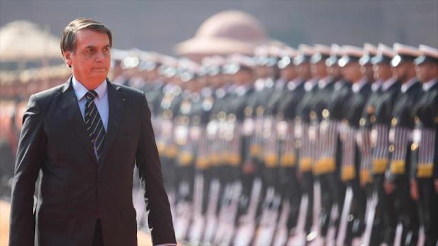 Presidente de Brasil aumenta la presencia militar en su Gabinete