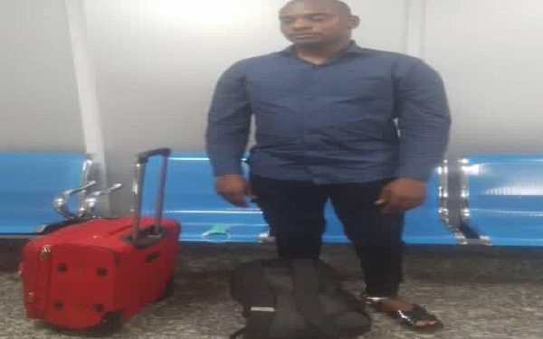 Drug trafficker EXCRETES 113 wraps of cocaine worth N423m