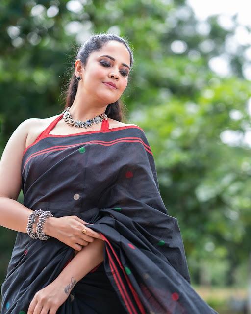 Anasuya Bharadwaj Black Cotton Saree Photoshoot Stills Actress Trend