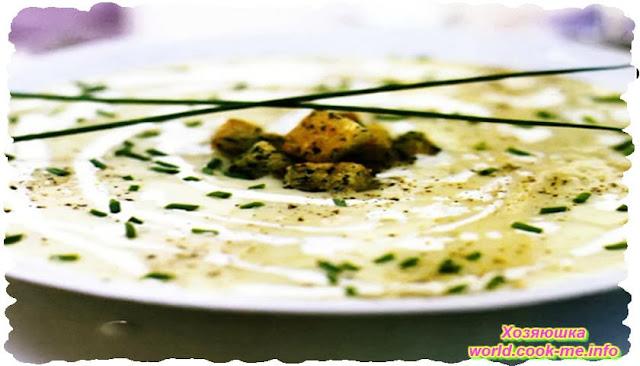 Вегетарианский картофельный суп с пореем