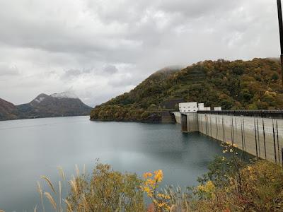 玉川ダムと宝仙湖