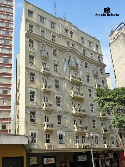 Vista ampla do Hotel Cinelândia - República - São Paulo