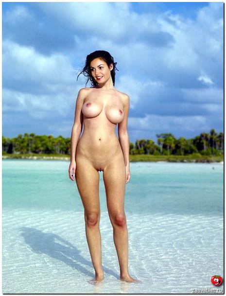 Екатерина Андреева без трусов