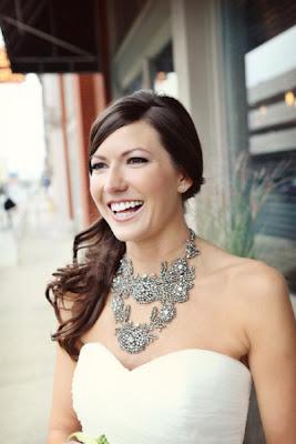 maxi colares para noivas