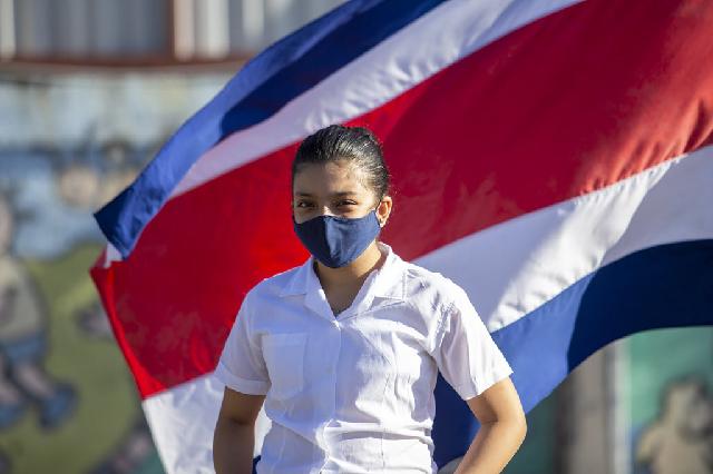 Keisy es una estudiante brillantes en la escuela Leon XIII, ubicada en el área de exclusión social en San José, la capital de Costa Rica.UNICEF Costa Rica/Priscilla Mora